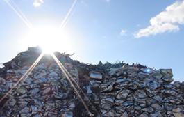 リサイクルの未来を考え、経済に貢献していく。最高のリサイクルの形を目指して。